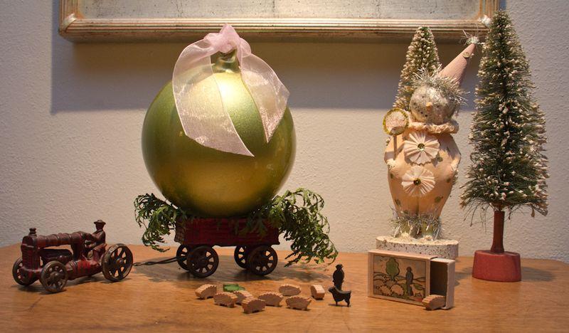 Maxine-Christmas-8