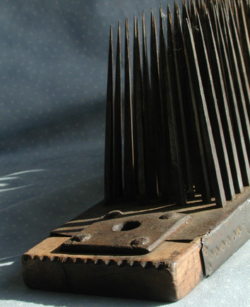 Flax_comb_end